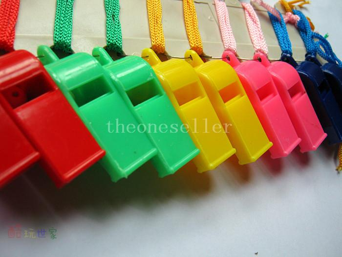 Colorful plastic Whistle!Cheap hot popular Noise maker for sport game party Christmas!Lovely chic Whistles Wholesale