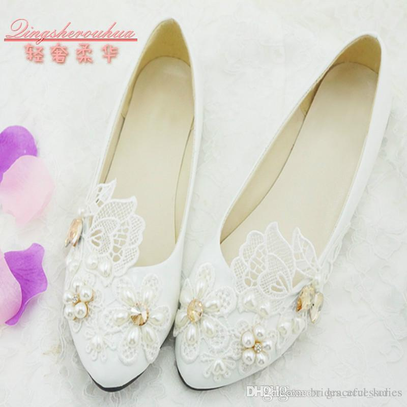 White Lace Handmade Wedding Shoes Low Heel Pearl Crystals Bridal Accessories Bridal Shoes 2015 Spring Slip-ons Cheap Bridesmaid Shoes