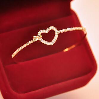 Herz-Goldkristallarmband für Frauen-Liebes-Charme-Armband-Art- und Weiseneue koreanische Art-heißer Verkauf Freies Verschiffen