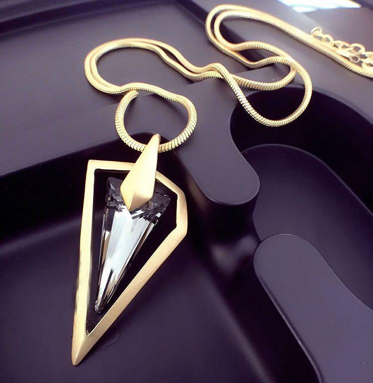 European new triangle Été Tour Eiffel Collier bijoux de mariage Fit Pandora Mode Bijoux Fine Chandail Chaîne Femme