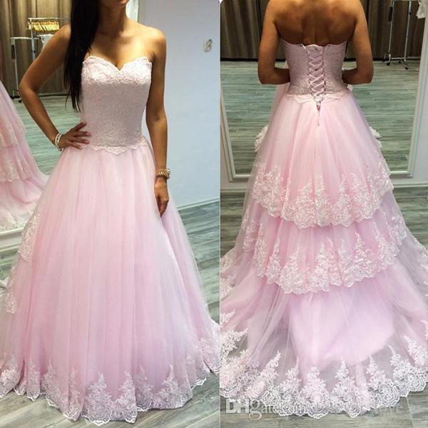 Prinzessin Pink Ballkleider lange formale Abend-Partei-Kleid-Weinlese-Spitze Appliques Top-Schatz-Ansatz Korsett abgestufter Rock Applikationen