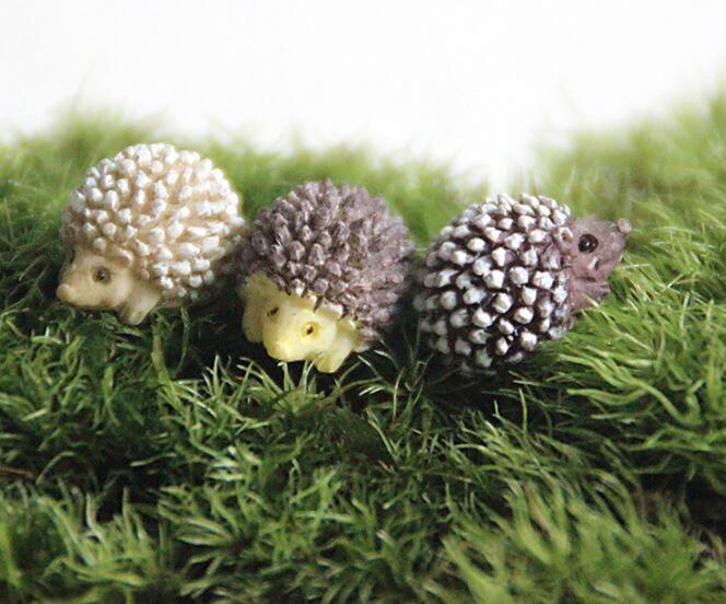 Miniature Figurine Resin Hedgehog Fairy Garden Bonsai Micro Landscape DIY