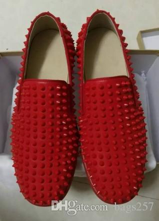Calidad caliente de la moda Red Bottom Men Shoes Moda Diente de león Spikes Mocasines Remaches Zapatos de vestir casuales Mujeres Pisos Negro envío gratis