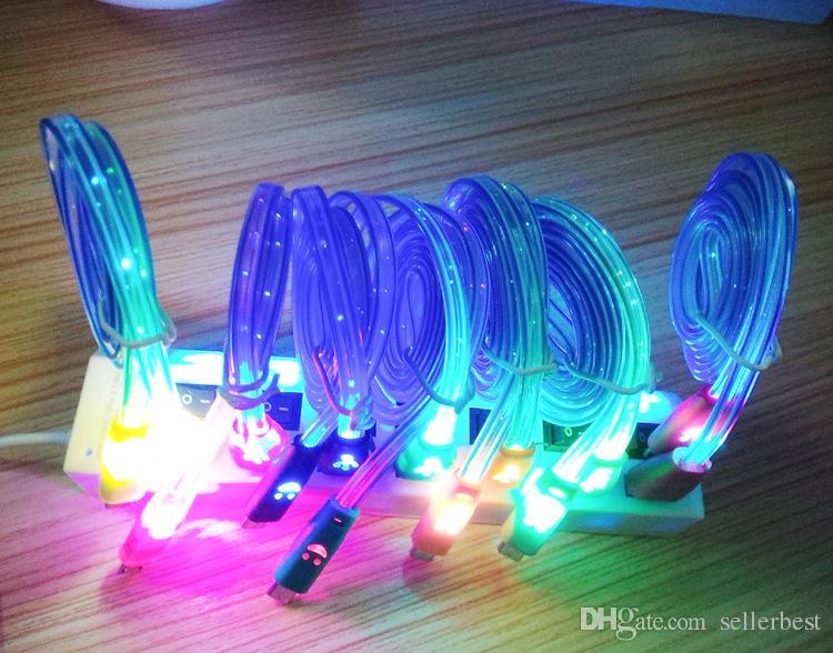 Universale LED luminoso volto sorridente di sorriso Micro cavo USB 2.0 Data Sync Charge MicroUSB per Tablet Android Samsung Xiaomi Smart Phone