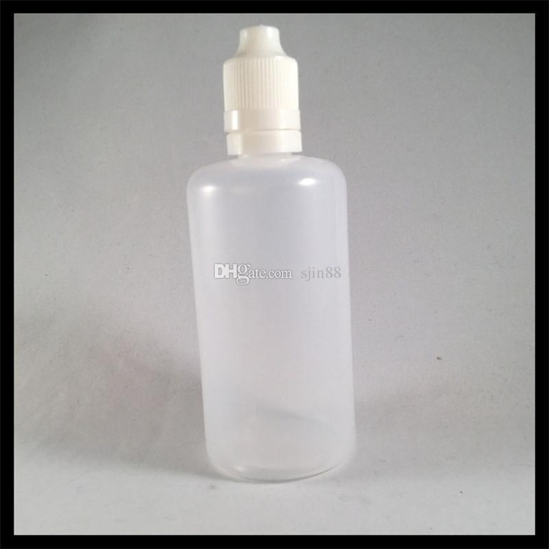 A garrafa plástica do conta-gotas líquido de 100ml E com o tampão à prova de balas da calcadeira da garrafa e o ponto longo derrubam a garrafa do ejuice