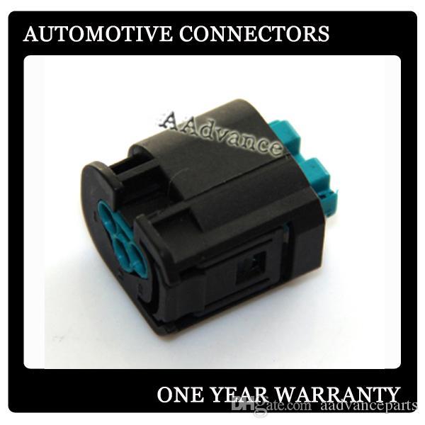 Connettori del sistema Quadlok di alimentazione Micro-Power Connettore AMP 3 vie FEMALE 2-967642-1