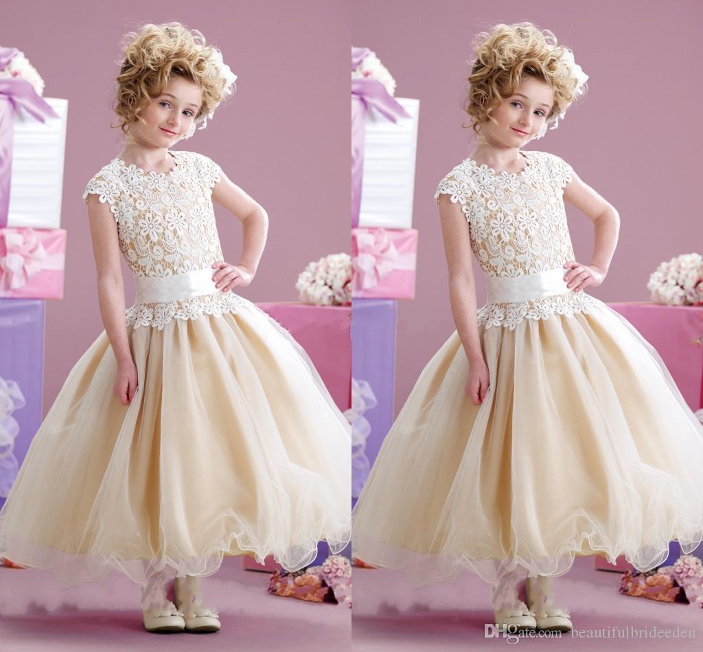 Kappen-Hülsen-Spitze-Blumen-Mädchen kleidet 2017 neue Ankunfts-Juwel-Hals-Tulle-Knöchellängen-weiße Champagne-Ballkleid-Festzug-Kleider für Mädchen an