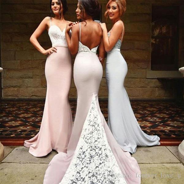인기있는 우아한 신부 들러리 드레스 긴 공식적인 백리스 스파게티 스트랩 저녁 댄스 파티 가운 레이스 탑 깎아 지른 기차 장착 가운