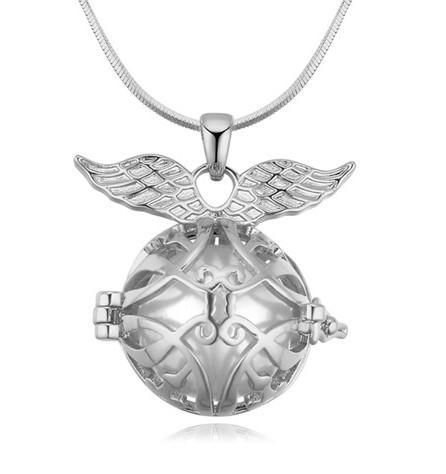 Pendentifs Colliers Bijoux De Mode Femmes Exuqisite Qualité Perle 18K Or Plaqué Ailes Évider Boule Clavicule Chaîne Colliers TN042