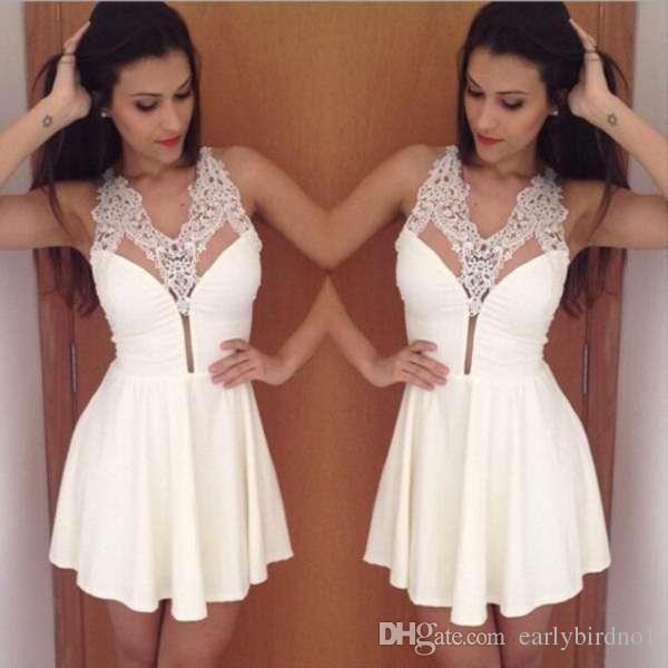 2017 neue Einfache Kleine Weiße Kurze Spitze Homecoming Kleider Sexy Halter Eine Linie Perlen Kristalle Cocktail Prom Party Kleider Nach Maß