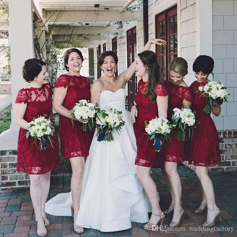 국가 Burgundy 레이스 신부 들러리 드레스 짧은 깎아 지른 바투 넥 짧은 소매 BridleaMaids 드레스 웨딩 파티 게스트 드레스 맞춤 제작