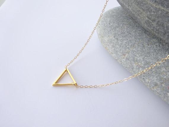 10pcs-N135 крошечные открытые треугольник ожерелья Шеврон треугольник контур ожерелье простой геометрические V Ожерелье для женщин