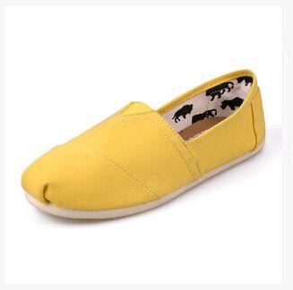 Zapatos de lona sólidos ocasionales de las mujeres de los hombres de la primavera, Zapatos de lona clásicos vendedores calientes de las mujeres de los hombres de Unisex Zapatos de lona ocasionales lisos Sólido 11 colores