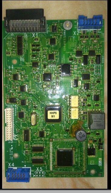 Tarjeta de control del motor del inversor PN072130P905