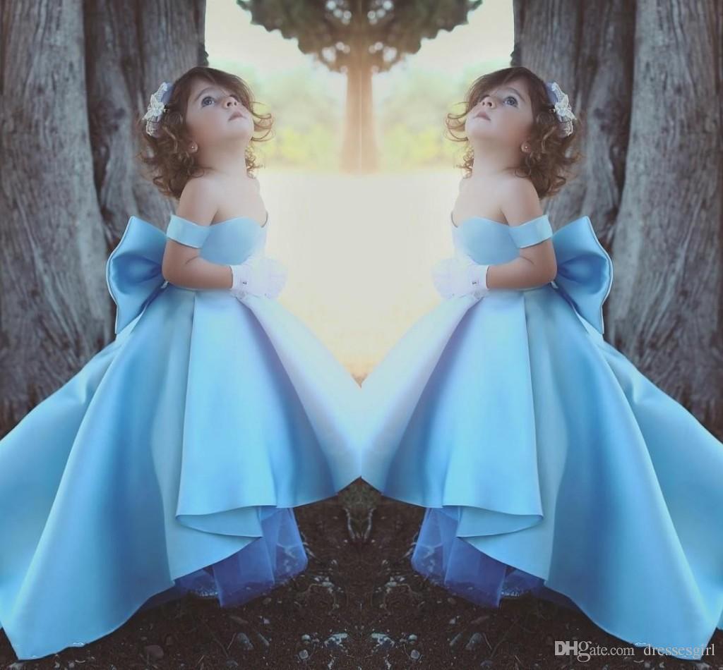 Robes de fille de fleur haut haut bas bleu ciel hors épaule Pageant robe robes de fille de Bow pour le mariage robes de fête d'anniversaire pour les adolescents