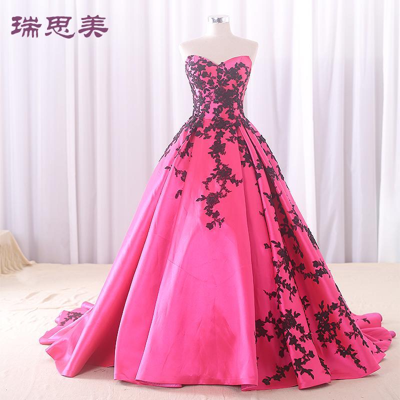 bordado mate de satén negro y rosa mate Vestido medieval Vestido renacentista Vestido de princesa Sissi Gótico victoriano / Marie Belle Ball