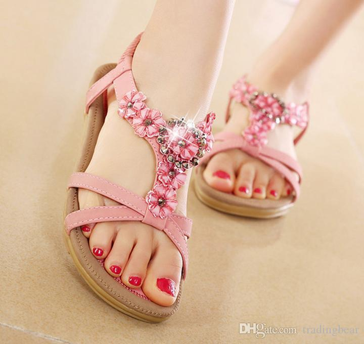Plus Size 40 41 Chic T Strap Flower Crystal Rhinestone Sandals Flat Shoes Women Summer Fashion Beach Sandals
