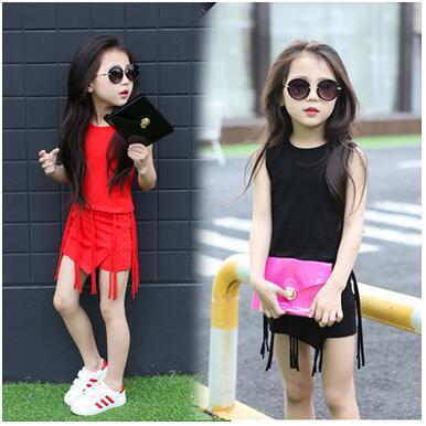 2016 ragazze estate Oufits ragazze di stile coreano moda ragazza nappa senza maniche maglia + pantaloni corti all'ingrosso bambino vestiti per bambini ragazza che coprono insieme