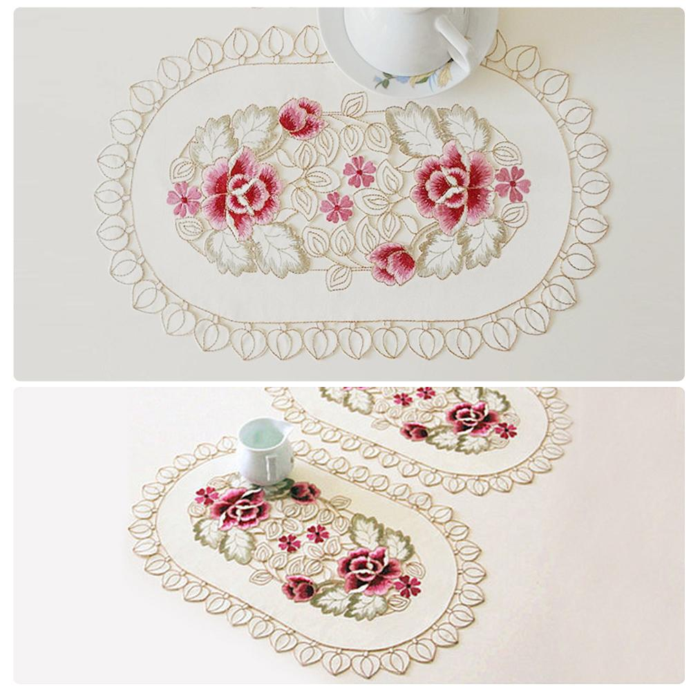 Wholesale- yazi Embroidered Daisy Flower Lace Pad Doily Fabric Oval Table Placemats Mat Wedding Banquet Party Home Decor