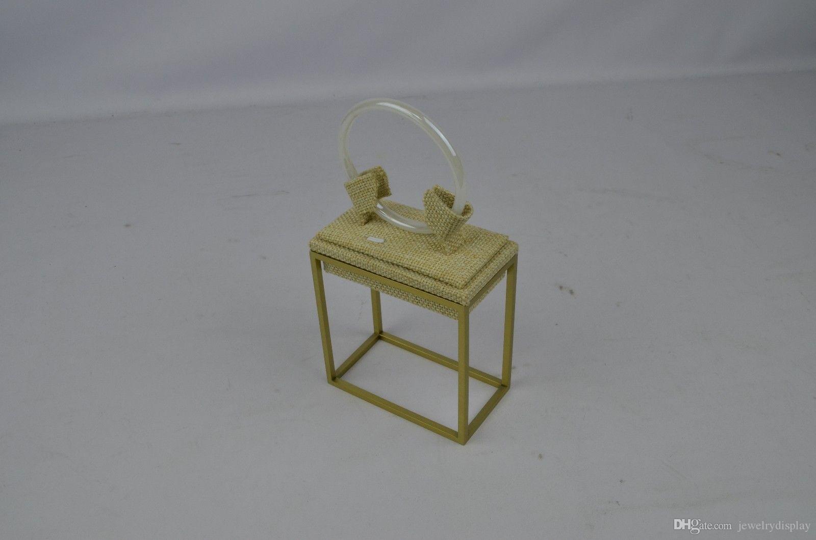 الفولاذ المقاوم للصدأ المعادن PVD مطلي عرض المجوهرات حامل التجزئة الإسورة كليب الناهض