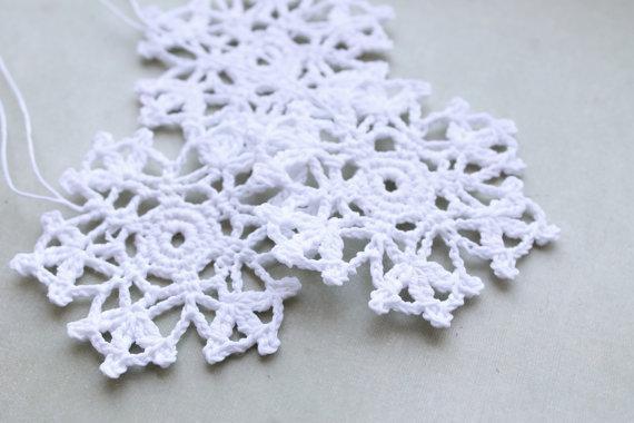 Floco de neve de crochê, enfeites pendurados, decoração para casa, decorações de inverno branco de crochê, flocos de neve brancos de Natal, floco de neve de crochê de 20 pcs
