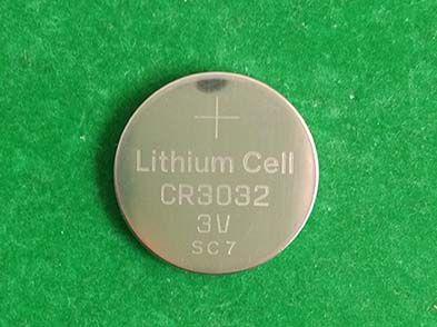 800pcs / lot en gros super piles au lithium de pile bouton de pièce de monnaie de bouton CR3032 DL3032 BR3032 pour des jouets de montre