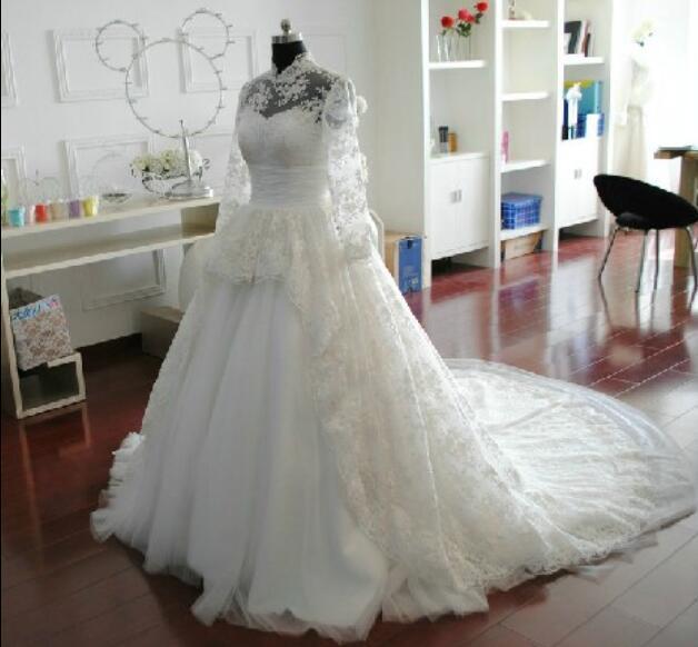 아름 다운 레이스 긴 소매 웨딩 드레스 높은 칼라 새로운 신부의 정원 웨딩 드레스 지퍼와 함께