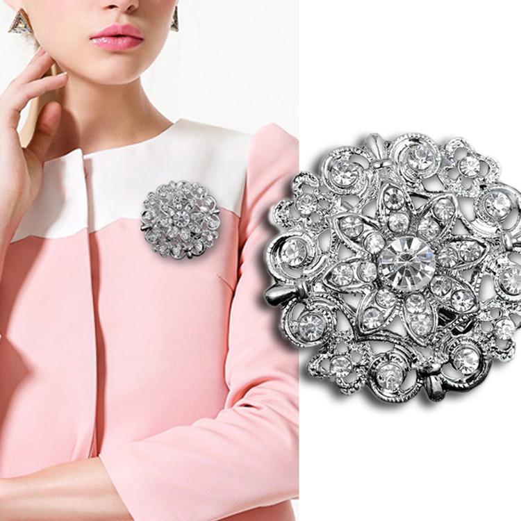 Argent Plaqué Superbes Cristaux D'Autriche Clair Jolie Fleur Broche Vente Chaude Femmes Bouquet De Mariage Broach Broches Élégant Bouquet Pins