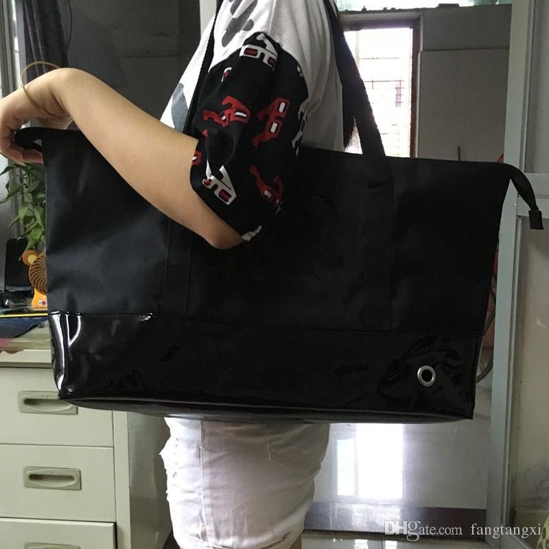 2017New famosa marca registrada preto compra impermeável pano clássico saco de viagem senhoras casual parte inferior costura pu bolsa de moda casual saco