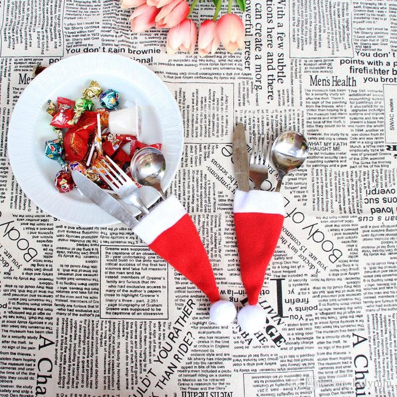 100Pcs/lot New Mini Christmas Hat Silverware Holder Xmas Mini Red Santa Claus Cutlery Bag Party Decor Cute Gift Hat Tableware Holder Set