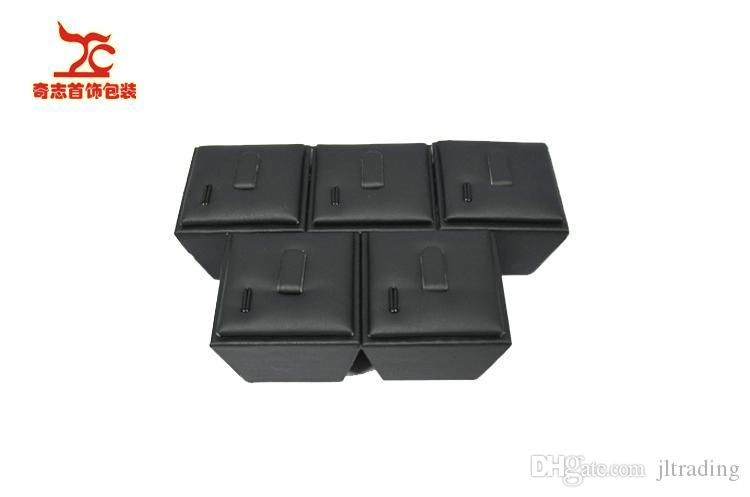 Wholesale 5 Pieces High Quality Jewelry display Stand Black Leather Christmas Ring Holder Leather Storage Boxes