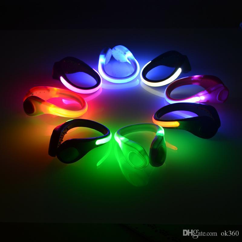 2 개의 쌍 LED 빛난 구두 클립 빛 밤 안전 경고 LED 달리는 스포츠를위한 LED 저속한 빛 사이클링 자전거 다목적