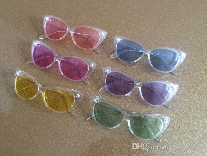 Weinlese-Plastik-Cateye-Rahmen Sonnenbrille-transparente Gelee-Farben-Glas-Art- und Weisefrauen-Dekoration-Mann-klassischer Eyewear 10pcs / Lot Freies Verschiffen