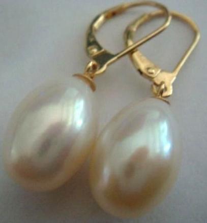 Klassische natürliche Südsee 13-14mm weiße Perlenohrringe aus 14 Karat Gold
