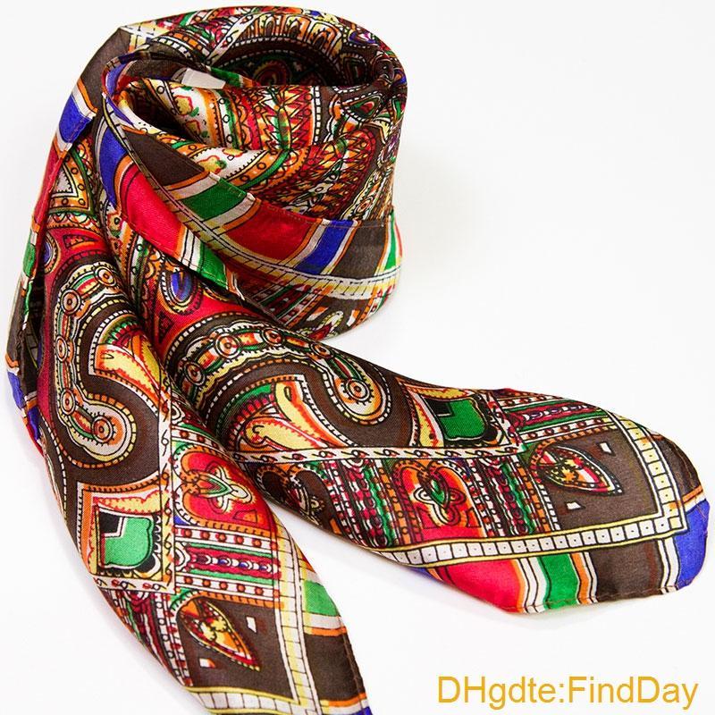 Garantía 100% bufanda de seda cuadrada bufanda de las mujeres flor de Paisley pequeña bufanda de seda cuadrada 50 cm 2016 mujer Mini Bandana regalo para dama