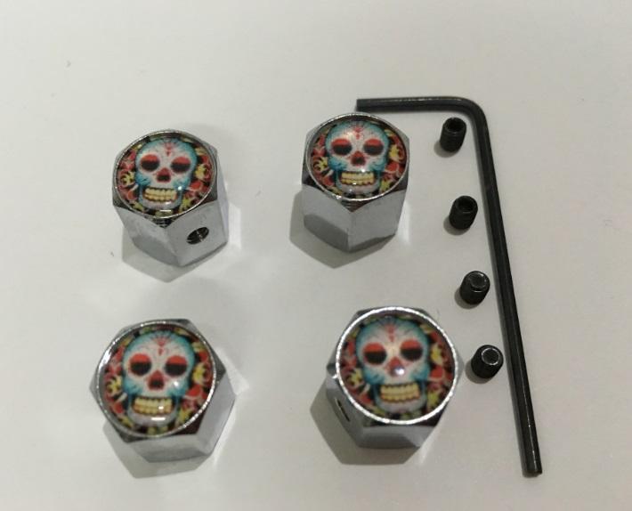 4pcs / set padrão colorido flores crânio do metal Anti-roubo estilo da roda do pneu de carro válvulas do pneu poeira Caps para todos os carros