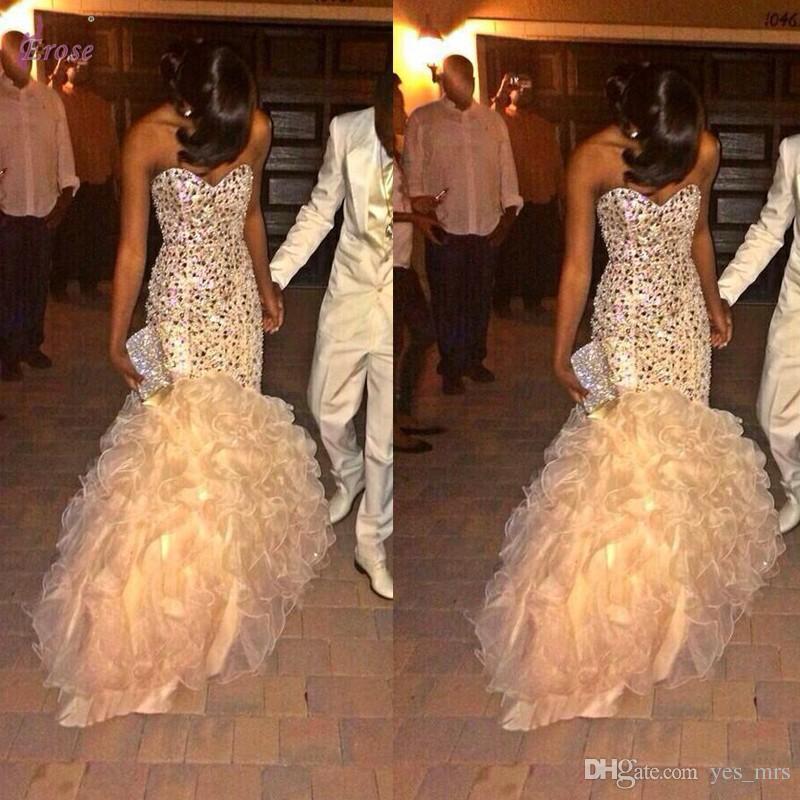 2020 Glitz sirène Champagne robes de soirée Wear chérie Perles organza Ruffles balayage train étagées partie de robe de bal formelle Robes