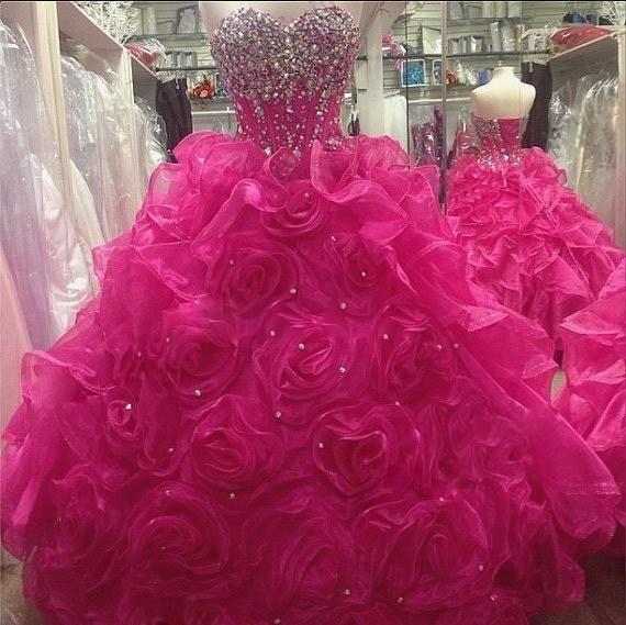 2020 neue elegante heiße rosa quinceanera kleider ballkleid mit spüren perlen kristall bodenlänge prom party sweet 16 debutante kleid