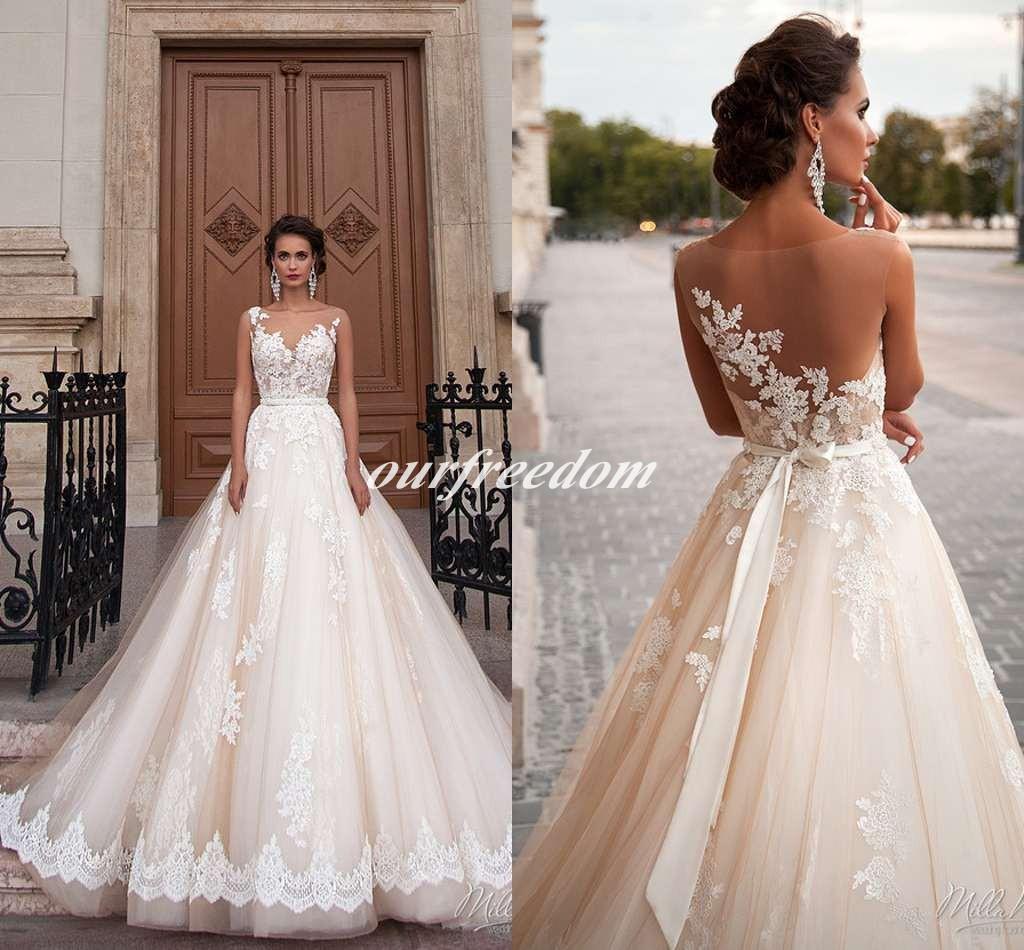 2019 Milla Nova Sheer Jewel Neck Vestidos de Noiva Castelo Ilusão de Volta Apliques de Renda Trem Tribunal Vestido de Noiva Para O Casamento Do Estilo Ocidental