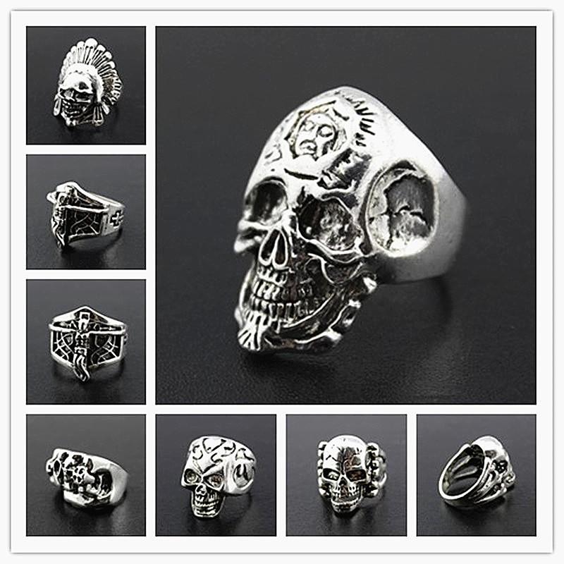 i lotti all'ingrosso all'ingrosso 100pcs mescolano gli anelli lucidi dei monili lucidati lega di metallo del cranio degli uomini punk rock brand new