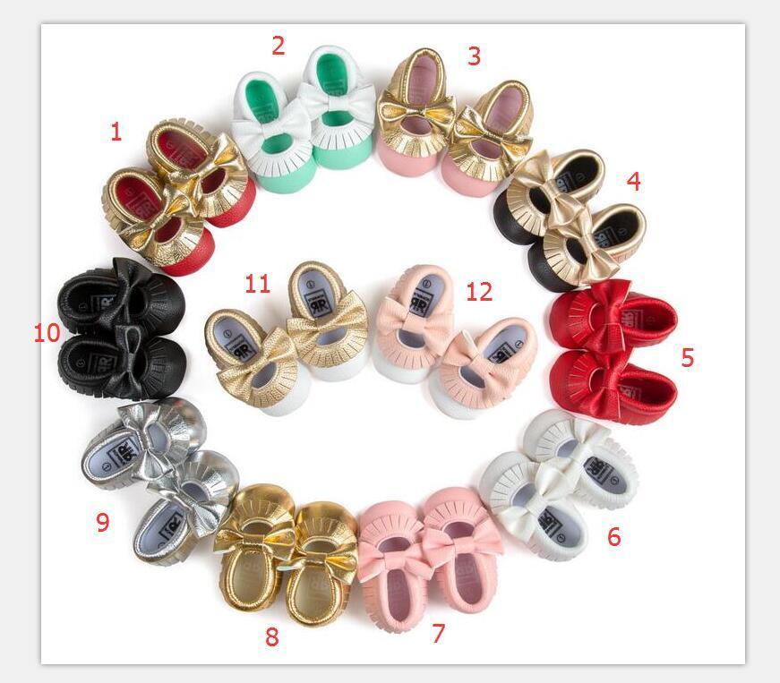 2016 Nuove 12 nappe colorate con mocassini bowknot per bambini Scarpe con fondo morbido PU Neonato Primi camminatori