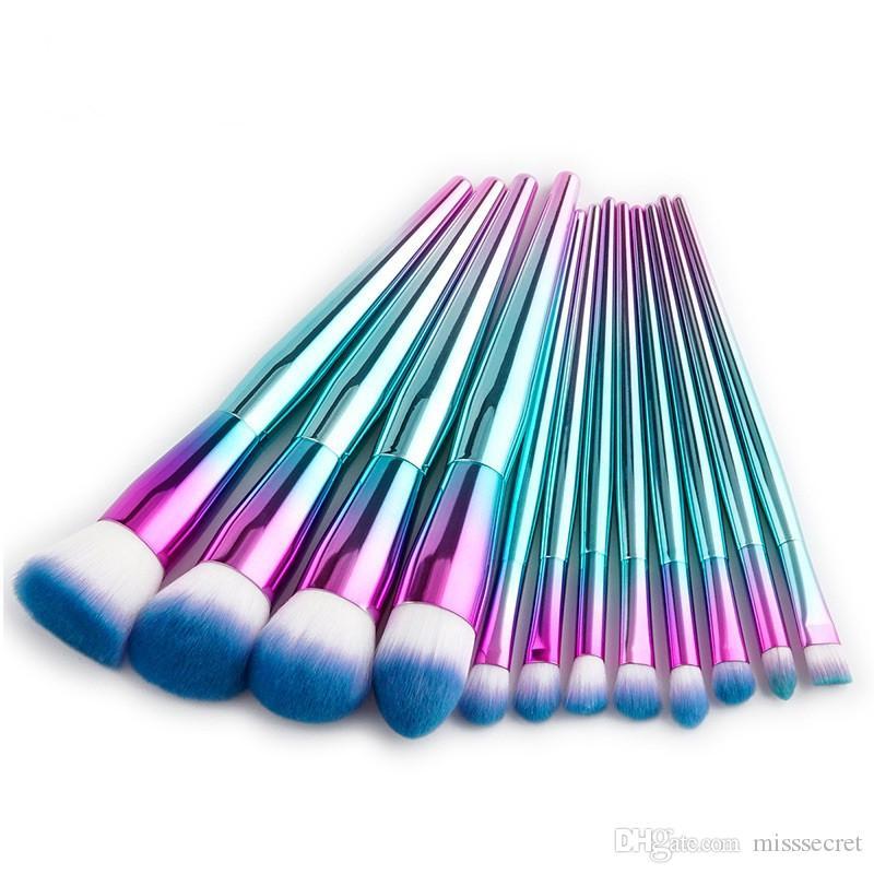 12 Adet Gökkuşağı Metal Makyaj Fırçalar Seti Glitter Elmas Makyaj Fırça Sentetik Saç Makyaj Fırça Profesyonel Kozmetik Fırça Aracı Kiti