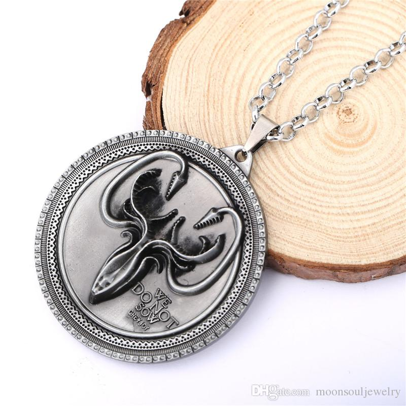 Hot Movie Game of Thrones Cosplay House Greyjoy Cuttlefish Pendant Necklace Jewelry As Gift(Size:5.5cm*5.5cm,length:60cm)
