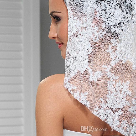 Высококачественный тюль Лучшие продажи Белая Белая слоновая Кружева Кружева Вуаль Мунты Вуаль Свадебные кусочки для свадебных платьев