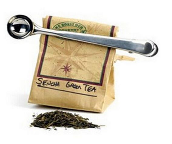 Arbeiten Sie heißen Edelstahl-gemahlenen Kaffee-Messungs-Schaufel-Löffel mit Taschen-Dichtungs-Klipp-Silber um