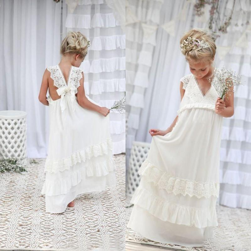 Romantic 2020 New Arrival Boho Flower Girl Dresses for Wedding Cheap V Neck Chiffon Lace Tiered Formal Kids Wedding Dress Custom Made