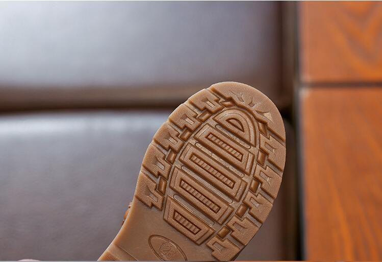 Großhandel Jungen Herbst Winter Baumwolle Ausgekleidet Knöchel Schnee Stiefel Kind Mode Retro Wohnung Mit Martens Boot Baby Kinder PU Leder Schuhe 23