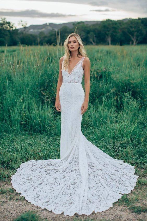 Sexig Backless Mermaid Bröllopsklänningar Deep Plunning Neck Full Lace Sweep Train 2016 Designad eleganta brudklänningar skräddarsydda