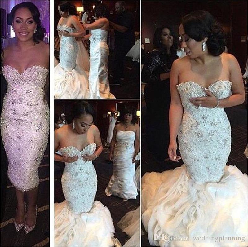 Великолепные Кристаллы Свадебные Платья Из Бисера Воланами Ruched Органзы Съемный Поезд Свадебные Платья Русалка Плюс Размер Белый Арабский Свадебные Платья