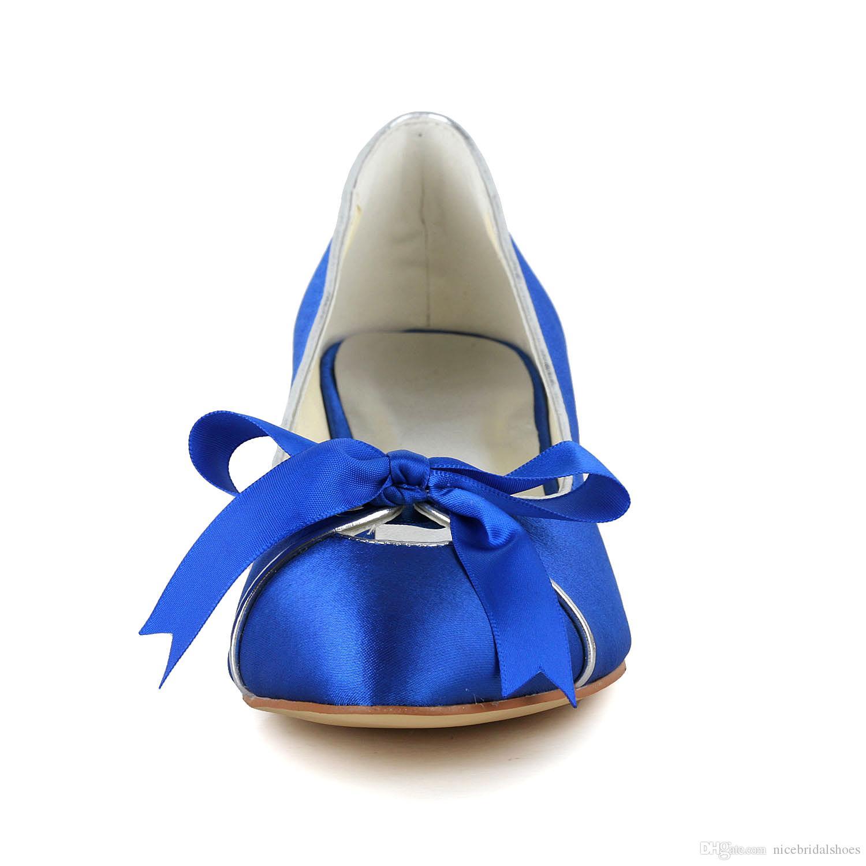 c003bc2b9 Calçados Via Marte Royal Azul Sapatos De Vestido De Casamento 2016 Nupcial  De Salto Baixo Gatinho Salto Cetim Peep Toe Sandálias Feitas Sob Encomenda  Bombas ...